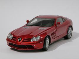 Прикрепленное изображение: 033-Mercedes-Benz SLR McLaren (CMC) #1.JPG