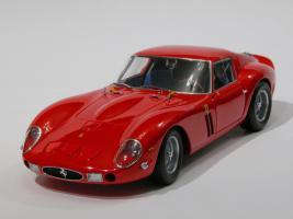 Прикрепленное изображение: 059-Ferrari 250 GTO (Kyosho) #1.JPG