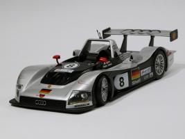 Прикрепленное изображение: 001-Audi R8R (Maisto) #1.JPG