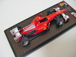 Прикрепленное изображение: Ferrari F10 GP Bahrain 2010 Massa LE 99_4.jpg