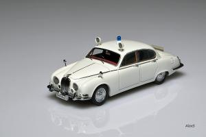 Прикрепленное изображение: Jaguar S-Type 1965 British Police NEO 43948.png