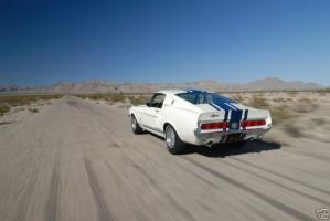Прикрепленное изображение: 1967-ford-mustang-shelby-supersnake-gt40-one-of-one-goodyear-3.jpg