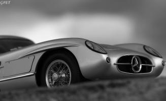 Прикрепленное изображение: Mercedes-Benz 300SLR Uhlenhaut Coupe (W196 S) 56.jpg