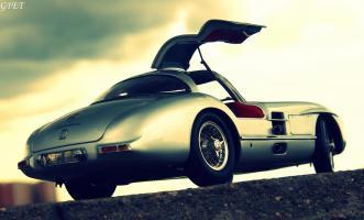 Прикрепленное изображение: Mercedes-Benz 300SLR Uhlenhaut Coupe (W196 S) 57.jpg
