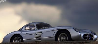 Прикрепленное изображение: Mercedes-Benz 300SLR Uhlenhaut Coupe (W196 S) 50.jpg