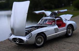 Прикрепленное изображение: Mercedes-Benz 300SLR Uhlenhaut Coupe (W196 S) 27.jpg