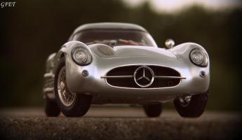 Прикрепленное изображение: Mercedes-Benz 300SLR Uhlenhaut Coupe (W196 S) 52.jpg