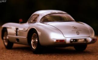 Прикрепленное изображение: Mercedes-Benz 300SLR Uhlenhaut Coupe (W196 S) 59.jpg