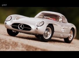 Прикрепленное изображение: Mercedes-Benz 300SLR Uhlenhaut Coupe (W196 S) 54.jpg