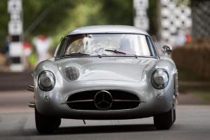 Прикрепленное изображение: Mercedes-Benz-300-SLR-Uhlenhaut-Coupe_9.jpg