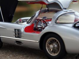 Прикрепленное изображение: Mercedes-Benz 300SLR Uhlenhaut Coupe (W196 S) 37.jpg