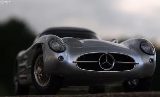 Прикрепленное изображение: Mercedes-Benz 300SLR Uhlenhaut Coupe (W196 S) 47.jpg