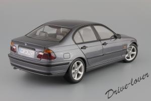 Прикрепленное изображение: BMW 318i UT Models for BMW 80 43 0 028 459_06.JPG
