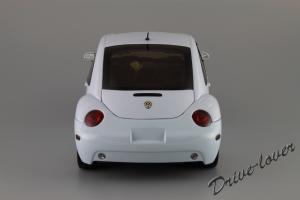 Прикрепленное изображение: Volkswagen New Beetle Autoart 79732_05.JPG