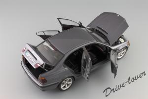 Прикрепленное изображение: BMW 318i UT Models for BMW 80 43 0 028 459_07.JPG