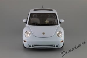 Прикрепленное изображение: Volkswagen New Beetle Autoart 79732_04.JPG