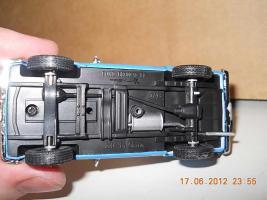 Прикрепленное изображение: Colobox_Ford_Bronco_2_NYPD_PremiumX~05.jpg