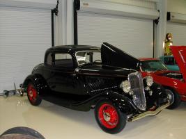 Прикрепленное изображение: 1933 Ford Coupe (1).JPG