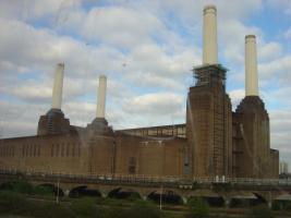 Прикрепленное изображение: Battersea Power Station.jpg