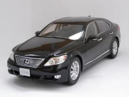 Прикрепленное изображение: Lexus LS460 (5).JPG