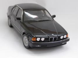 Прикрепленное изображение: BMW 7 Series (1).JPG