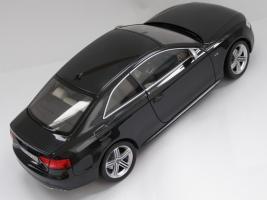 Прикрепленное изображение: Audi S5 (2).JPG