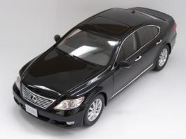 Прикрепленное изображение: Lexus LS460 (6).JPG