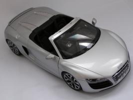 Прикрепленное изображение: Audi R8 Spyder (3).JPG