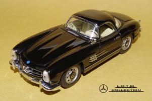 Прикрепленное изображение: 48. 1957 W198-II 300SL (Schuco) (1).JPG