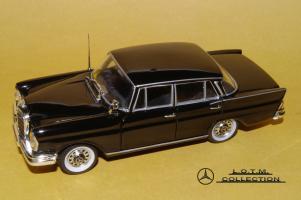 Прикрепленное изображение: 53. 1959 W111 220SE 4-door (Vitesse) (2).JPG