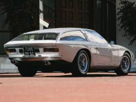 Прикрепленное изображение: +1966 Lamborghini Flying Star II 2.jpg