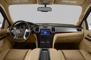Прикрепленное изображение: 2013-Cadillac-Escalade-EXT-Truck-Base-All-wheel-Drive-Interior-Front-Seats-1.jpg