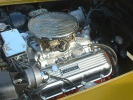 Прикрепленное изображение: 1969 Baldwin-Motion Corvette Phase III GT 03.jpg