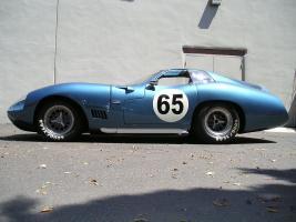 Прикрепленное изображение: 1965 Shelby Cobra Daytona 427 Super Coupe 02.jpg