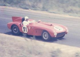 Прикрепленное изображение: Ferrari 365 Plus.jpg
