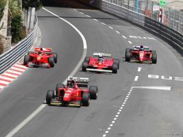 Прикрепленное изображение: Ferrari Historic Parade.jpg