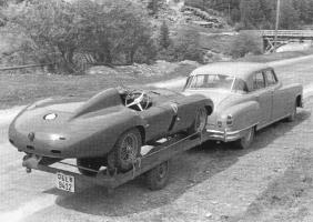 Прикрепленное изображение: 56-JONNERET-Jacques-Ferrari750Monza.jpg