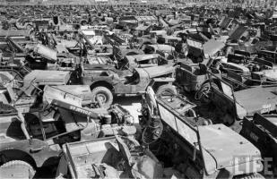 Прикрепленное изображение: Jeep Graveyard (25).jpg
