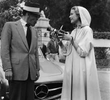 Прикрепленное изображение: Frank Sinatra, Grace Kelly, Benz.jpg