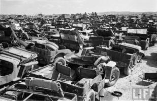 Прикрепленное изображение: Jeep Graveyard (2).jpg