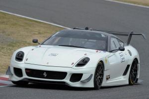 Прикрепленное изображение: 2011-Ferrari-599-XX-Evoluzione (1).jpg