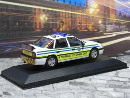 Прикрепленное изображение: Vauxhall Cavalier Mk3 Sri P1010160.JPG