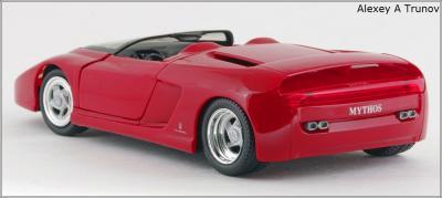 Прикрепленное изображение: 1989 Ferrari Mythos Pininfarina - Revell - 8502 - 2_small.jpg