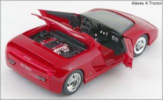 Прикрепленное изображение: 1989 Ferrari Mythos Pininfarina - Revell - 8502 - 3_small.jpg