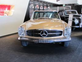 Прикрепленное изображение: 1967 Mercedes-Benz 280SL-02.JPG
