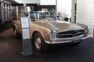 Прикрепленное изображение: 1967 Mercedes-Benz 280SL-01.JPG