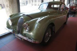 Прикрепленное изображение: 1952 Jaguar XK120 FHC-02.JPG