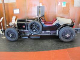 Прикрепленное изображение: 1926 Bentley 4,5 Litre-02.JPG