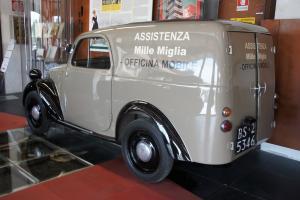 Прикрепленное изображение: 1938 Fiat 500B Topolino Furgoncino-02.JPG