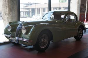 Прикрепленное изображение: 1952 Jaguar XK120 FHC-01.JPG